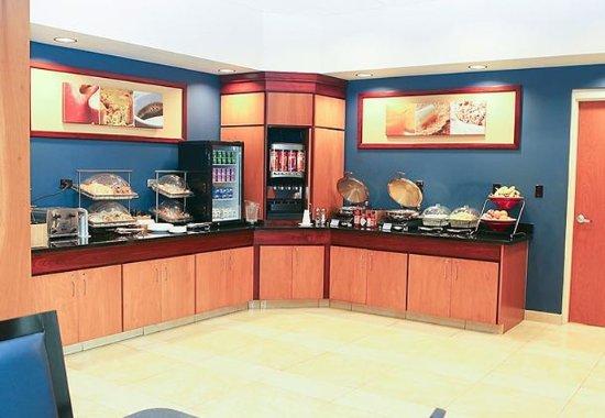 Westerville, OH: Breakfast Buffet