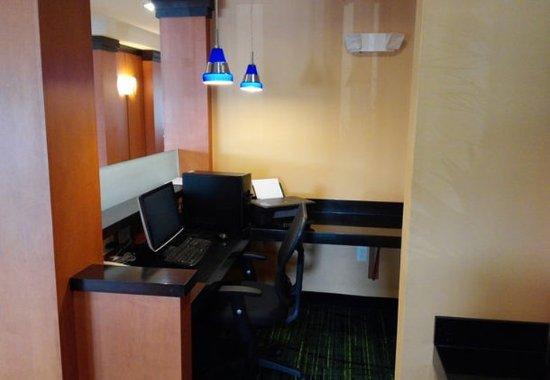 Avon, Ιντιάνα: Business Center