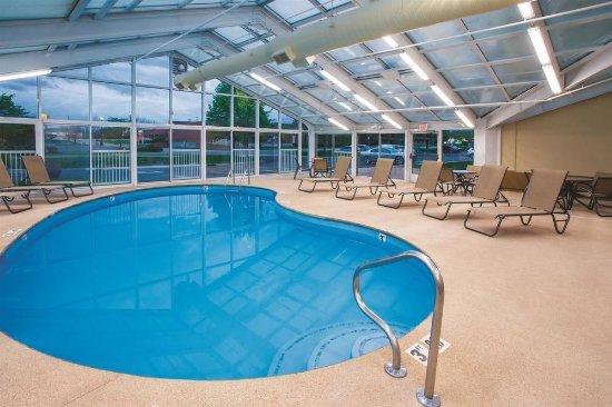 La Quinta Inn Suites Rockford UPDATED 2017 Prices Hotel