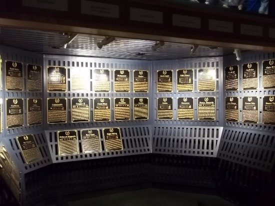 National Museum of Racing and Hall of Fame : Hall of Fame. Horses