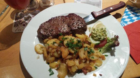 Gutersloh, Allemagne : Ottima cucina tedesca e birra della casa....vedere foto... prezzi nella norma...consiglio a tutt