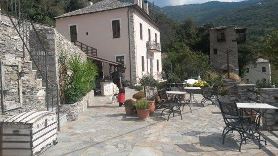 Makrinitsa, Grecia: 20160926_114932_large.jpg