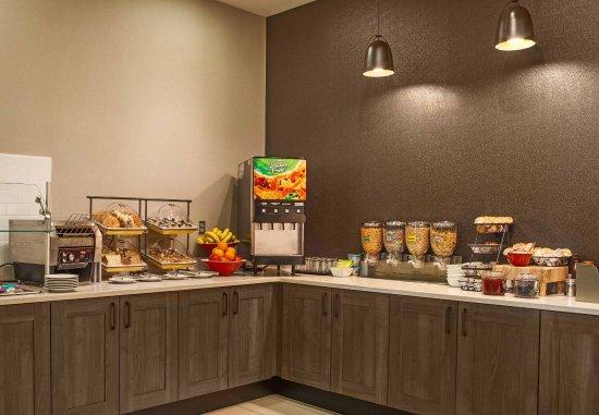 Aberdeen, MD: Breakfast Buffet