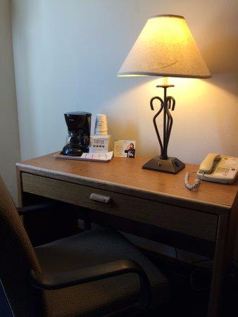 Wichita Falls, TX: Desk/Coffee & Tea Maker