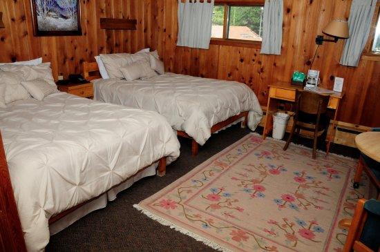 Peaceful Valley Resort and Conference Center: Lodge Room
