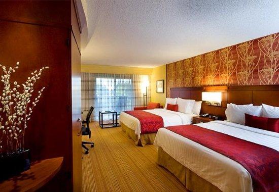 McDonough, Geórgia: Queen/Queen Guest Room