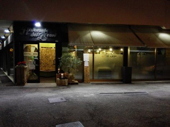 Cormano, Ιταλία: entrata del ristorante