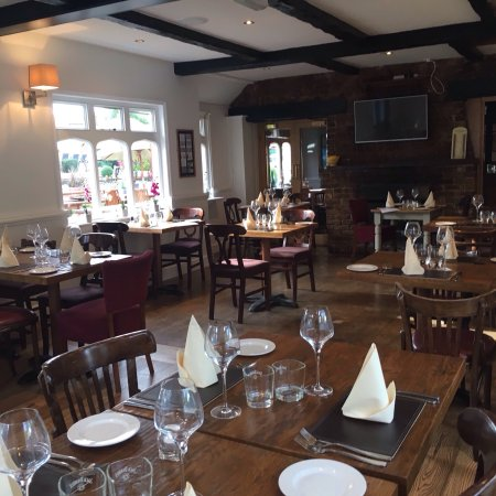 Claygate, UK: New restaurant is OPEN!!!