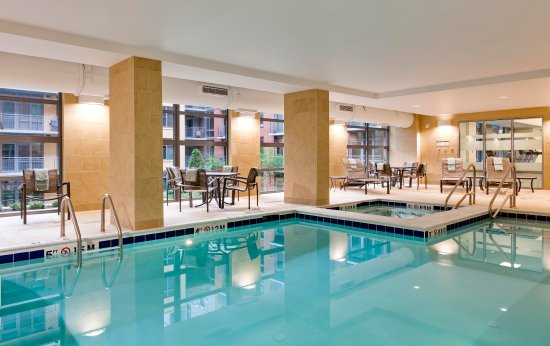 Hilton Garden Inn Washington DC/US Capitol: Indoor Pool