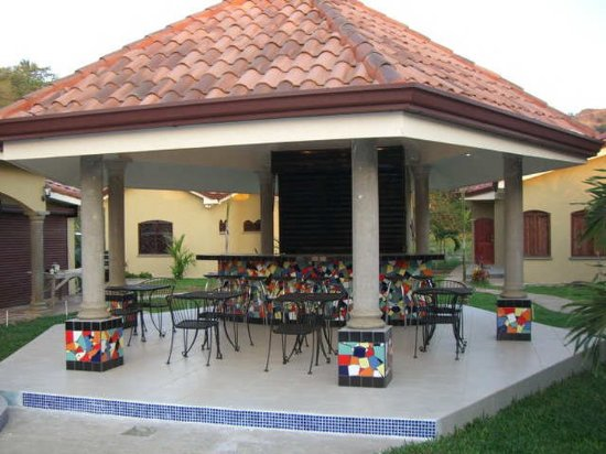 Las Brisas Resort and Villas: Bar abd BBQ Rancho
