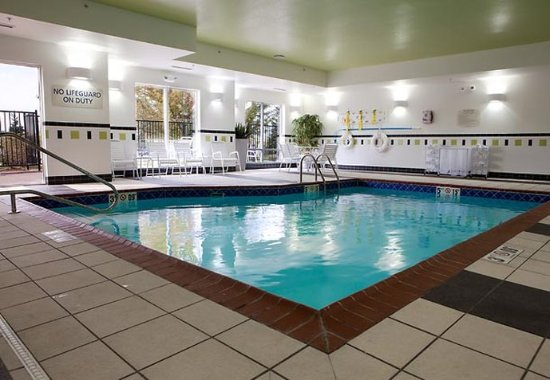 Fenton, MI: Indoor Pool