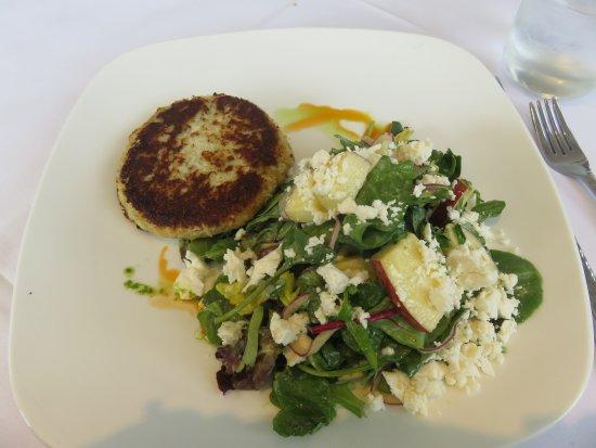Basking Ridge, NJ: Pan seared Crab Cake with Salad