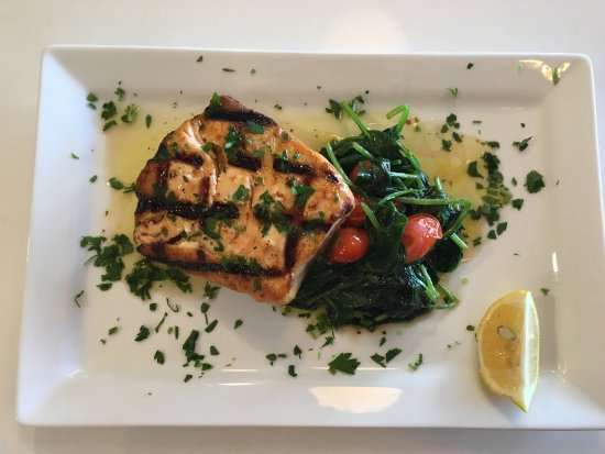 Lighthouse Point, FL: Norwegian Salmon with sautéed spinach