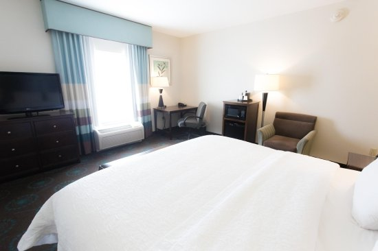 Middlebury, IN: King Room