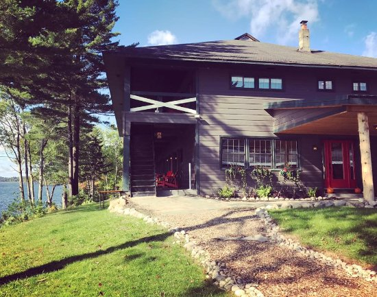 Great Pines: Main Lodge