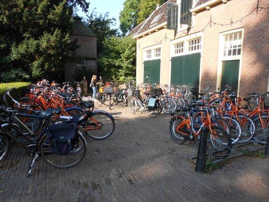 Bunnik, Países Bajos: bikes parking