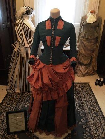 New Albany, Indiana: Clothing exhibit