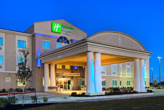 Photo of Holiday Inn Express Cotulla