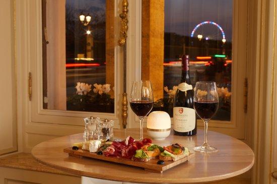 Regina Hotel: Wine Bar