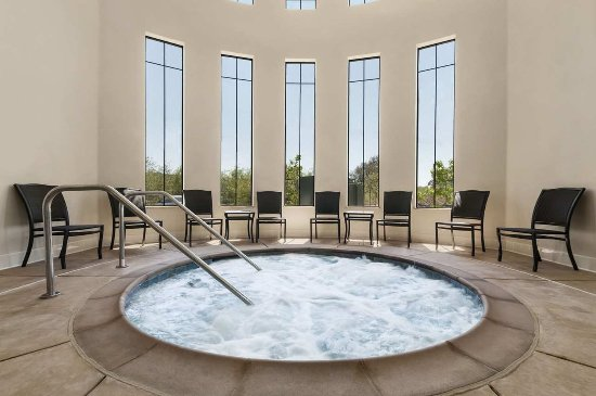 Hampton Inn & Suites- San Luis Obispo: Indoor Whirlpool