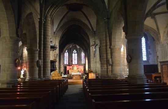 Villedieu-les-Poeles, Fransa: interno della chiesa