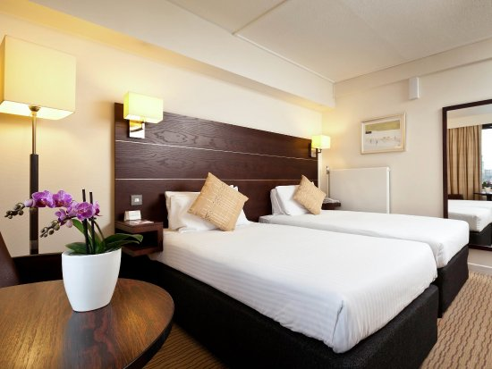 Mercure Edinburgh City - Princes Street Hotel: Twin Guest Room