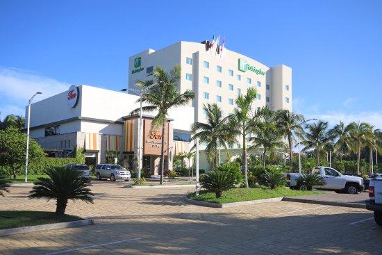 Holiday Inn Acapulco La Isla: Hotel Exterior