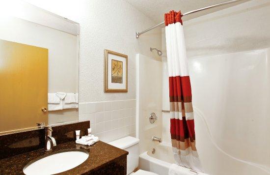 Palmdale, Калифорния: Guest Bath