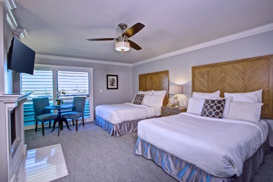 456 Embarcadero Inn & Suites: Superior 2 Queens with Fireplace with Full View of the Bay