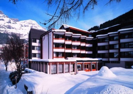 Leukerbad, Suiza: Hotel in Winter