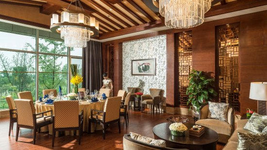 Meishan, China: longxuan Chinese restaurant-Private Room