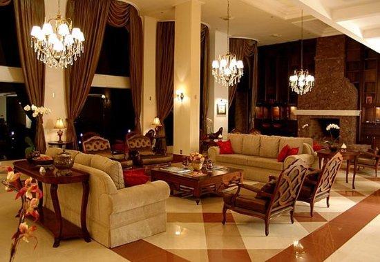 Hotel & Spa do Vinho, Autograph Collection: Lobby Sitting Area