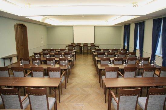 Chateau Bela: Conference room