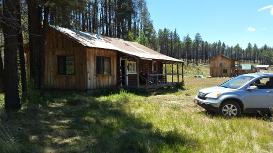 Alpine, AZ: One of the vintage cabins at Beaver Creek Guest Ranch