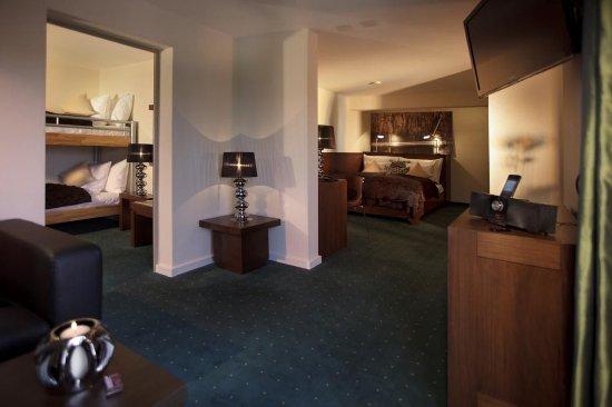Sigriswil, Schweiz: Family Room