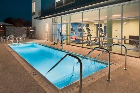 Pool - Picture of SpringHill Suites by Marriott Tuscaloosa, Tuscaloosa - Tripadvisor