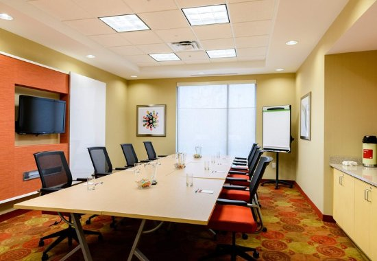 Frederick, MD : Monocacy Boardroom