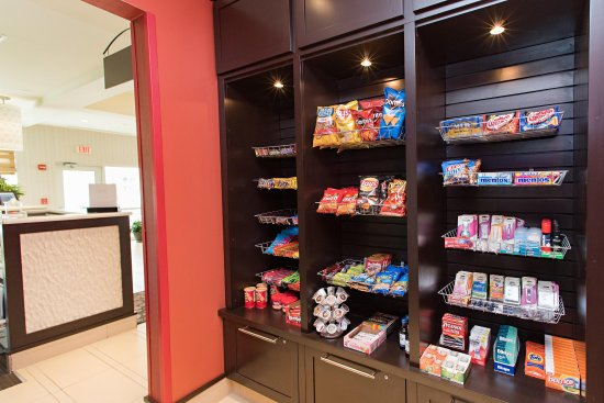 Miamisburg, OH: Pavillion Pantry Snacks and Sundries