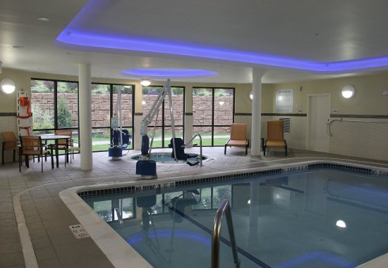 Oneonta, estado de Nueva York: Indoor Pool & Whirlpool