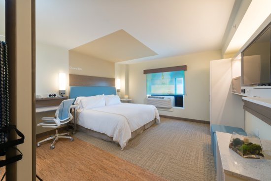 Rockville, MD: Wellness King Accessible Guest Room