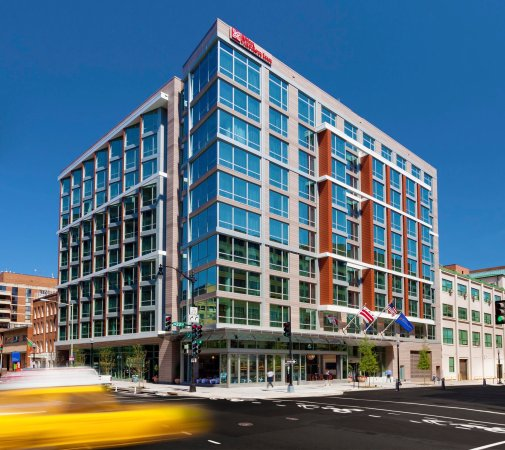 Hilton Garden Inn Washington DC / Georgetown Area