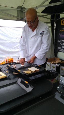 Νόρθγουιτς, UK: one of the food demos
