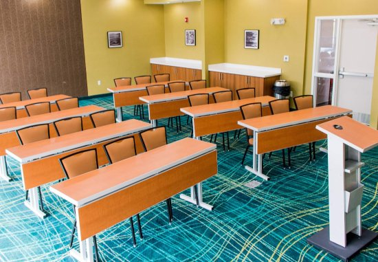 Sumter, SC: Meeting Room - Classroom Setup