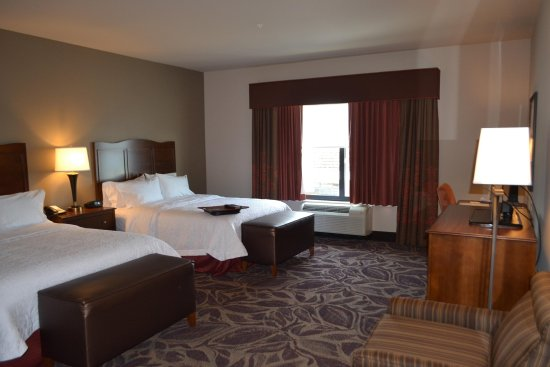 Everett, WA: 2 Queen Guestroom
