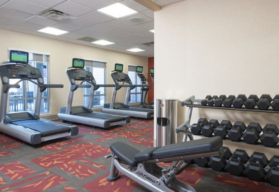 Bloomington, IL : Fitness Center – Free Weights
