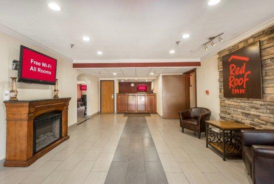 Binghamton, NY: Lobby