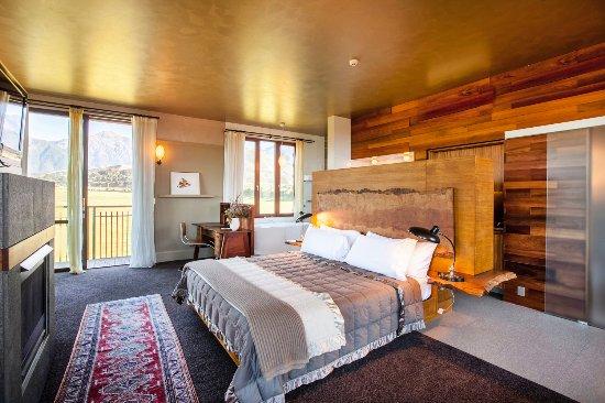 Hapuku Lodge: The Hapuku Room