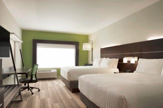 Newnan, GA: 2 Queen Beds