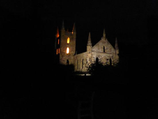 Port Arthur, Australie : Church at night