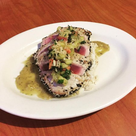 Sam's Seafood & Steaks: Sesame seared tuna with coconut rice and a mint pineapple sauce.
